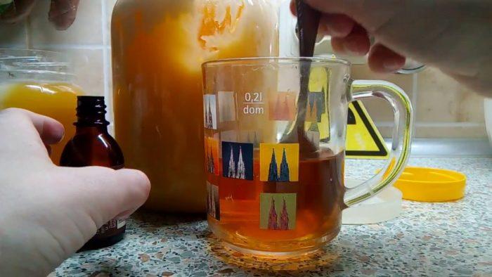 как определить натуральность меда спиртом